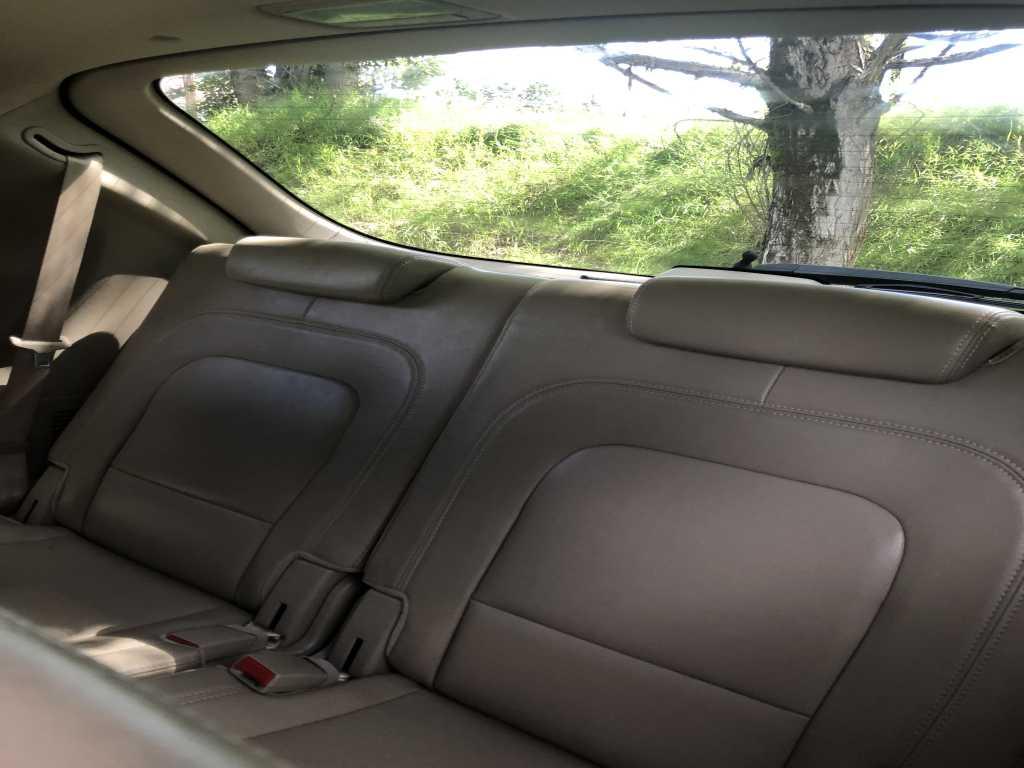 Hyundai KM8NU73CX8U062319