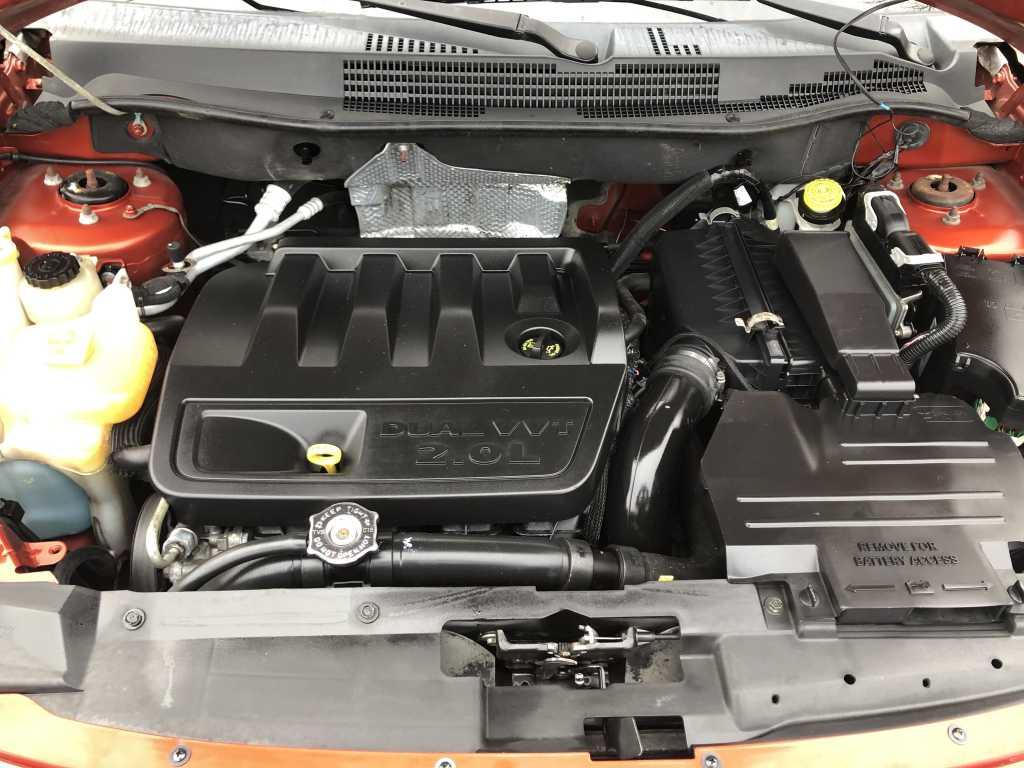 Dodge 1B3HB48B27D544093