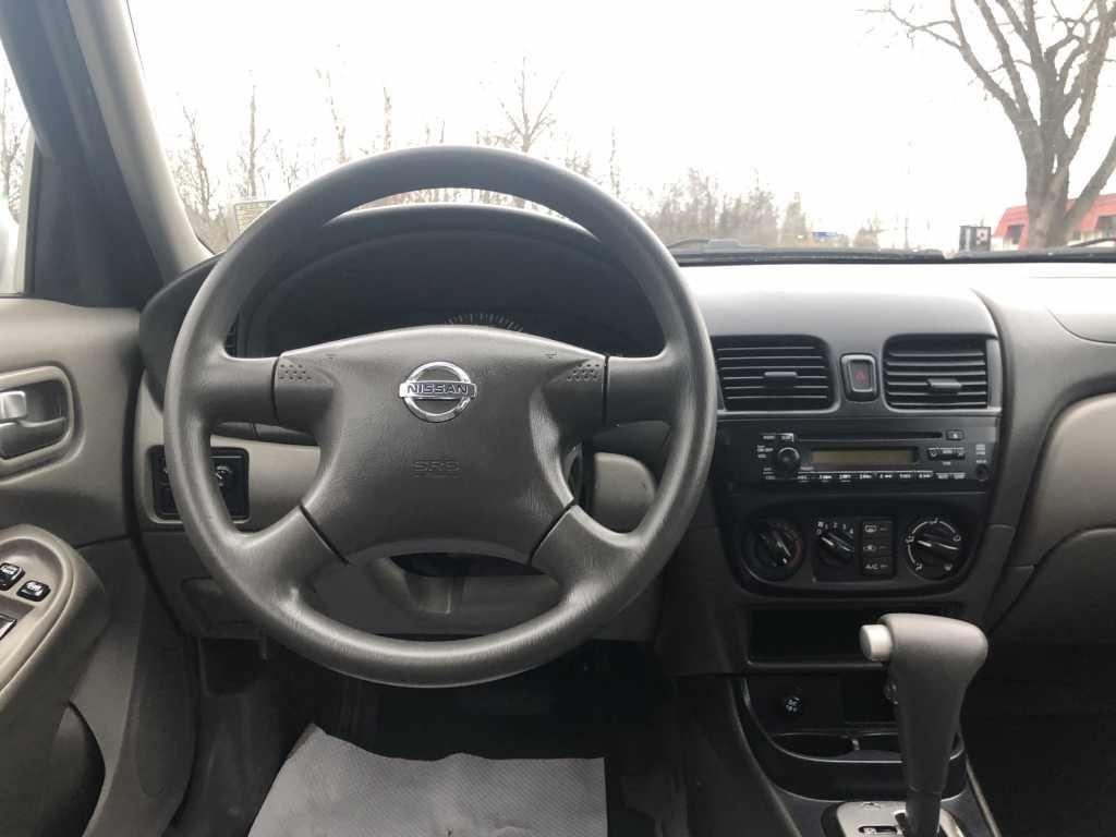 Nissan 3N1CB51D95L517414