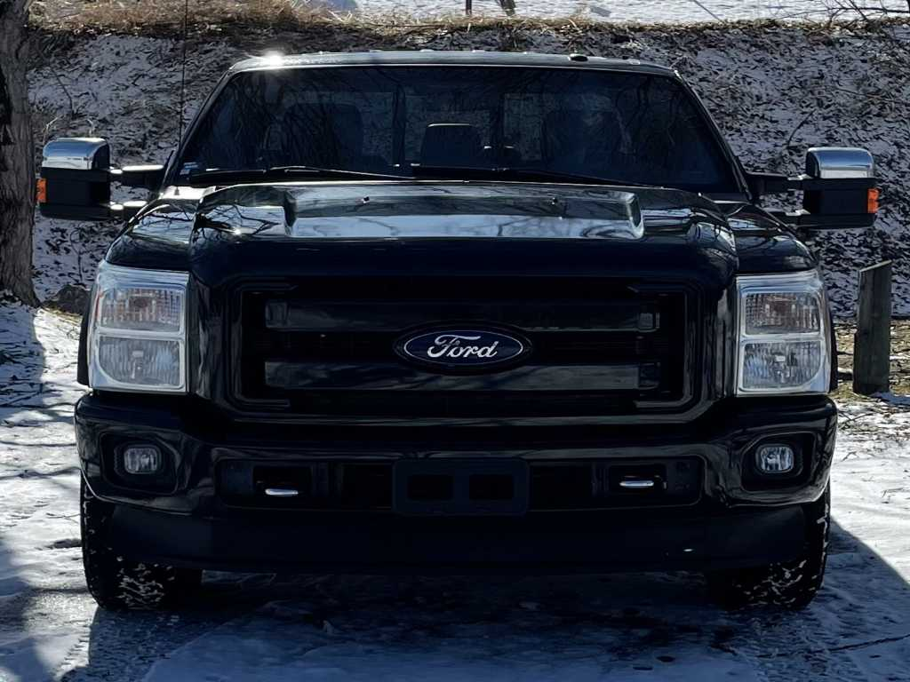 Ford 1FT8W3BT3DEA01047