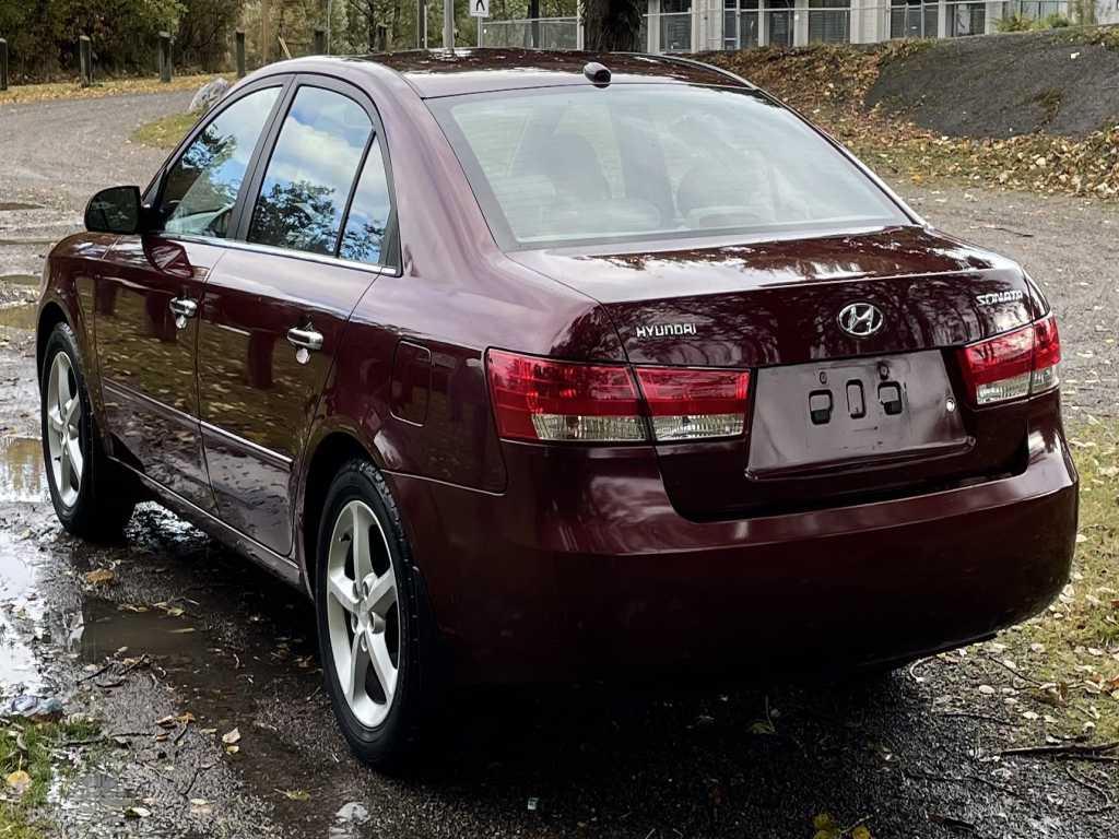 Hyundai 5NPET46CX8H306899